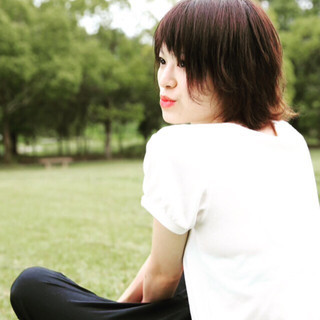 パーマ 黒髪 ウェーブ ショート ヘアスタイルや髪型の写真・画像