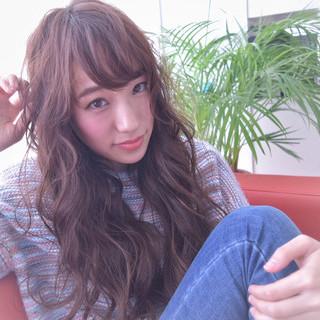 ロング 大人女子 小顔 アッシュ ヘアスタイルや髪型の写真・画像