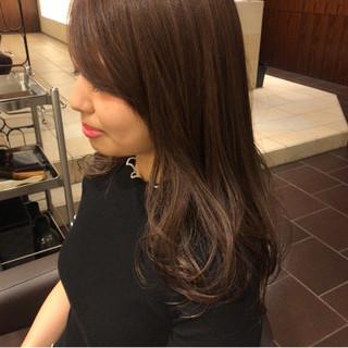 グレージュ ロング 外国人風 デート ヘアスタイルや髪型の写真・画像