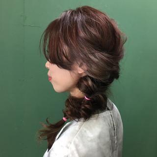 簡単ヘアアレンジ ヘアアレンジ インナーカラー ミディアム ヘアスタイルや髪型の写真・画像