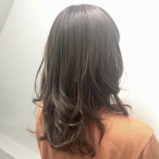 透明感 アッシュ セミロング 秋 ヘアスタイルや髪型の写真・画像