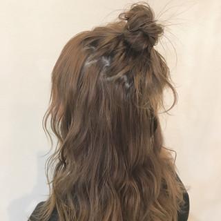 ストリート ハーフアップ 愛され 簡単ヘアアレンジ ヘアスタイルや髪型の写真・画像