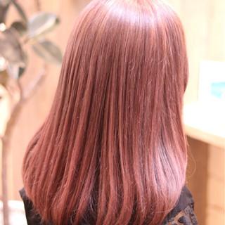 ガーリー デート フェミニン セミロング ヘアスタイルや髪型の写真・画像