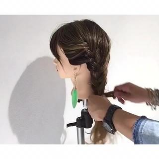 編み込み ナチュラル ロング ヘアアレンジ ヘアスタイルや髪型の写真・画像