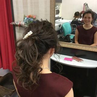 セミロング ポニーテール 結婚式 ナチュラル ヘアスタイルや髪型の写真・画像