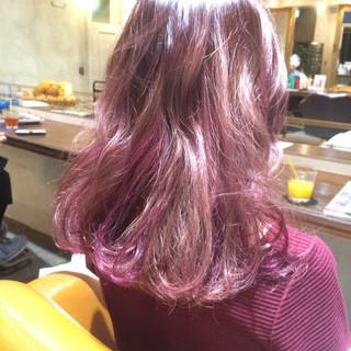 ガーリー ミディアム ハイライト ゆるふわ ヘアスタイルや髪型の写真・画像