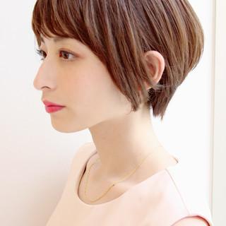 ショート ショートヘア ナチュラル ベリーショート ヘアスタイルや髪型の写真・画像