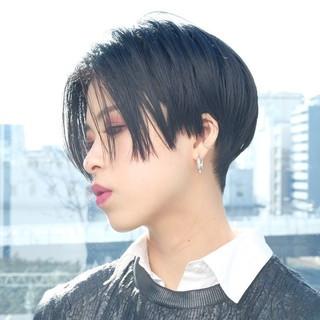 ハンサムショート PEEK-A-BOO 大人ヘアスタイル 似合わせカット ヘアスタイルや髪型の写真・画像 ヘアスタイルや髪型の写真・画像
