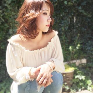 大人かわいい ナチュラル 大人女子 ミディアム ヘアスタイルや髪型の写真・画像 ヘアスタイルや髪型の写真・画像