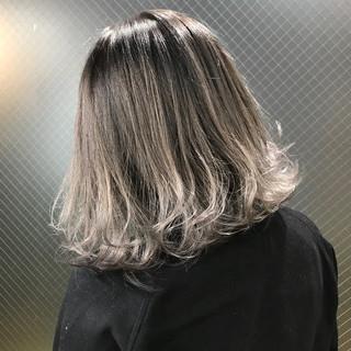 外国人風 外国人風カラー ホワイト ミディアム ヘアスタイルや髪型の写真・画像