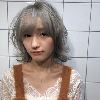 外国人風 ストリート ミディアム ブリーチ ヘアスタイルや髪型の写真・画像