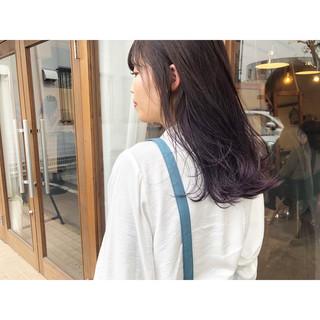 パープル パープルカラー ロング ナチュラル ヘアスタイルや髪型の写真・画像