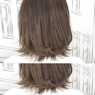 イルミナカラー ボブ グレージュ ナチュラル ヘアスタイルや髪型の写真・画像 ヘアスタイルや髪型の写真・画像