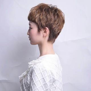 前髪あり ショート 大人かわいい 外ハネ ヘアスタイルや髪型の写真・画像