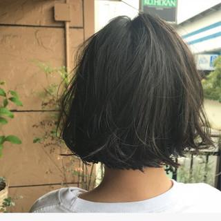 アンニュイ ウェーブ ナチュラル ボブ ヘアスタイルや髪型の写真・画像
