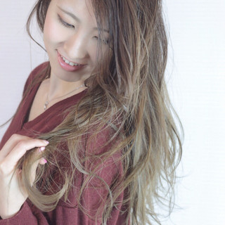 大人かわいい 外国人風カラー ロング エレガント ヘアスタイルや髪型の写真・画像