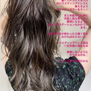 イルミナカラー アンニュイほつれヘア ハイライト ロング ヘアスタイルや髪型の写真・画像