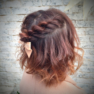 簡単ヘアアレンジ ボブ ゆるふわ ショート ヘアスタイルや髪型の写真・画像