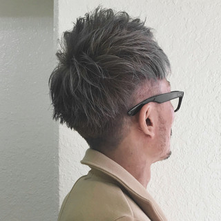 坊主 ダブルカラー シルバーアッシュ モード ヘアスタイルや髪型の写真・画像