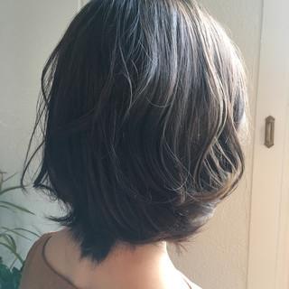 エレガント ブルージュ ウェーブ 上品 ヘアスタイルや髪型の写真・画像 ヘアスタイルや髪型の写真・画像