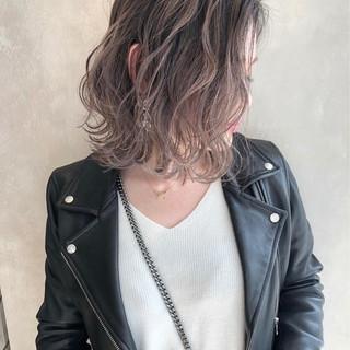 ストリート 外国人風 ボブ ハイライト ヘアスタイルや髪型の写真・画像