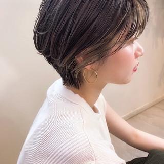 ショート バングインナーカラー 外国人風カラー ナチュラル ヘアスタイルや髪型の写真・画像