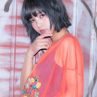 小顔 ニュアンス ミルクティー 色気 ヘアスタイルや髪型の写真・画像