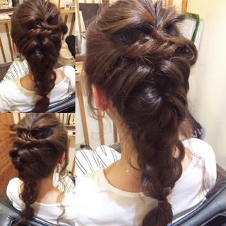 ナチュラル ロング ヘアアレンジ こなれ感 ヘアスタイルや髪型の写真・画像