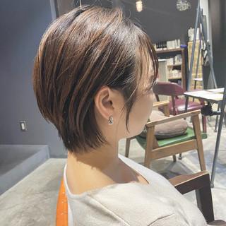 ナチュラル ショートヘア 大人ショート ショート ヘアスタイルや髪型の写真・画像 | Nakaji. / ensue