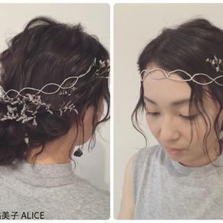カチューシャ ロング 外国人風 結婚式 ヘアスタイルや髪型の写真・画像