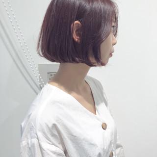 フェミニン タッセルボブ チェリーピンク 切りっぱなしボブ ヘアスタイルや髪型の写真・画像