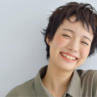 くせ毛風 ピュア ナチュラル ショート ヘアスタイルや髪型の写真・画像