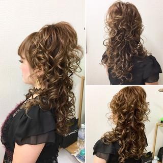 ハーフアップ 巻き髪 ヘアアレンジ 上品 ヘアスタイルや髪型の写真・画像 ヘアスタイルや髪型の写真・画像