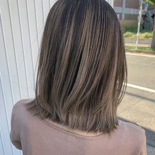 ナチュラル ハイライト ミディアム コントラストハイライト ヘアスタイルや髪型の写真・画像