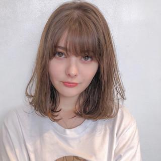 ヘアアレンジ ナチュラル デート ミルクティーベージュ ヘアスタイルや髪型の写真・画像