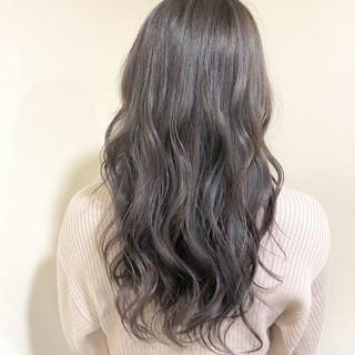 ハイライト 外国人風カラー ロング ミルクティーベージュ ヘアスタイルや髪型の写真・画像 ヘアスタイルや髪型の写真・画像