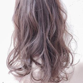 外国人風 秋 セミロング ゆるふわ ヘアスタイルや髪型の写真・画像