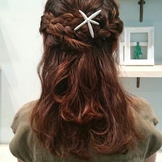ハーフアップ セミロング ゆるふわ ショート ヘアスタイルや髪型の写真・画像 ヘアスタイルや髪型の写真・画像
