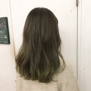 ストリート 外国人風カラー マット オリーブアッシュ ヘアスタイルや髪型の写真・画像 ヘアスタイルや髪型の写真・画像