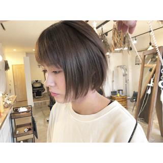 ショートヘア ベリーショート 切りっぱなしボブ ミニボブ ヘアスタイルや髪型の写真・画像