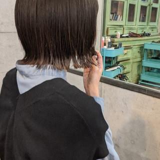 ボブ ワイドバング 丸みショート くびれボブ ヘアスタイルや髪型の写真・画像