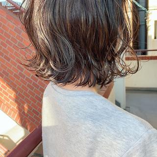 ナチュラル グレージュ アッシュグレージュ 暗髪女子 ヘアスタイルや髪型の写真・画像