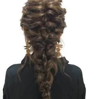ロング ヘアアレンジ 編み込み 謝恩会 ヘアスタイルや髪型の写真・画像 ヘアスタイルや髪型の写真・画像