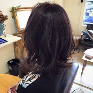 オフィス 大人かわいい ミディアム かわいい ヘアスタイルや髪型の写真・画像