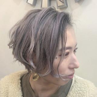 バレイヤージュ ショート ハンサムショート ナチュラル ヘアスタイルや髪型の写真・画像