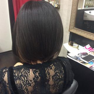 ショートボブ ガーリー ボブ インナーカラー ヘアスタイルや髪型の写真・画像