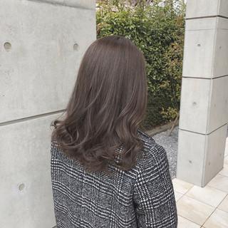 外国人風 ナチュラル ヘアアレンジ デート ヘアスタイルや髪型の写真・画像 ヘアスタイルや髪型の写真・画像