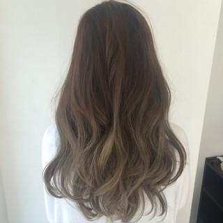 暗髪 ロング アッシュ くせ毛風 ヘアスタイルや髪型の写真・画像