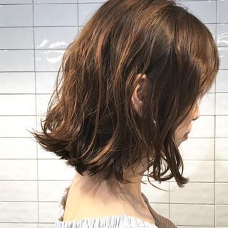 外国人風 アッシュ 切りっぱなし ボブ ヘアスタイルや髪型の写真・画像 ヘアスタイルや髪型の写真・画像