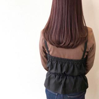 ピンク ロング ストレート ピンクブラウン ヘアスタイルや髪型の写真・画像